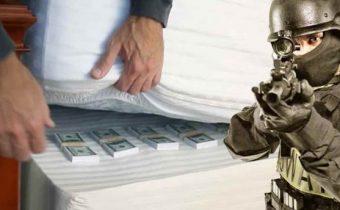 Američtí občané budou muset registrovat u vlády hotovost včetně kryptoměn, jinak půjdou až na 10 let do vězení, zní nový senátní návrh