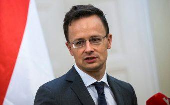Maďarský šéf diplomacie obvinil EÚ z pokrytectva