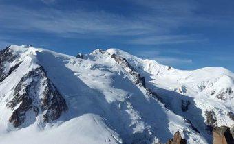 Slovenskí kňazi, ktorí mali nehodu v Alpách sa čoskoro vrátia domov