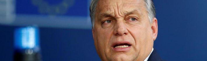 Orbán: Brusel chce poslať vojakov, ktorí vpustia do Maďarska migrantov