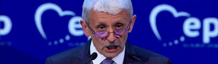 Dzurinda na sneme EPP: Treba sa držať hodnôt ako sloboda a patriotizmus, ktorý je protiváhou nacionalizmu