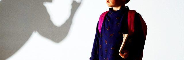 Parlament zamietol návrh ĽSNS zakázať zverenie detí do náhradnej starostlivosti zoofilom, pedofilom a homosexuálom