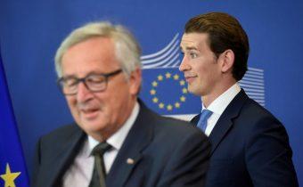 Juncker ocenil rakúske predsedníctvo v EÚ, okrem postoja k migračnému paktu OSN