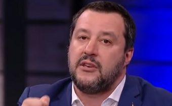"""""""Všichni slušní lidé jsou proti """"poškozujícím"""" protiruským sankcím, tvrdí Salvini před volbami do EU"""