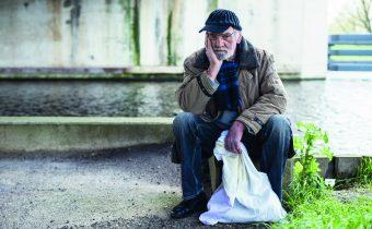 Tahle země není pro starý: Zlatá éra vysokých penzí totiž končí. Je vám méně než čtyřicet, aještě jste nepřemýšleli otom, jak budete žít v důchodu? Pak byste měli začít…