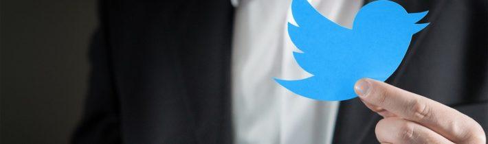 Twitter prijal armádneho propagandistu ako vedúceho funkcionára
