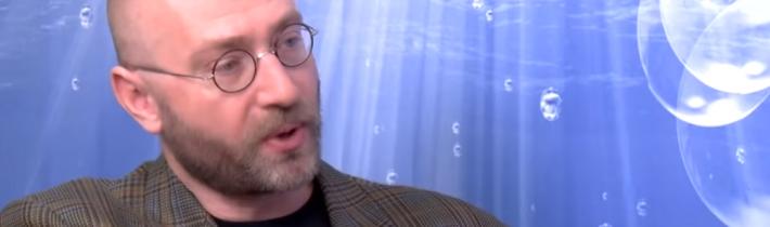VIDEO: Sociológ Petr Hampl o rozdelení spoločnosti a dekadencii morálky