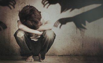 Anglická vláda přiznala, že úřady zradili své občany a roky tolerovaly sexuální zneužívání dětí muslimskými zločinci!