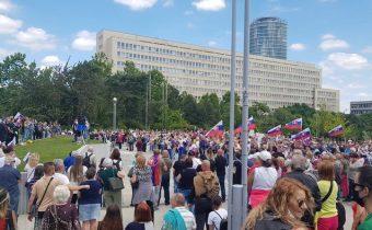 V Bratislave sa konalo protestné zhromaždenie proti  Matovičovej vláde, prekvapilo vysokou účasťou