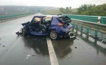 D1 neďaleko Prešova je pre dopravnú nehodu uzavretá