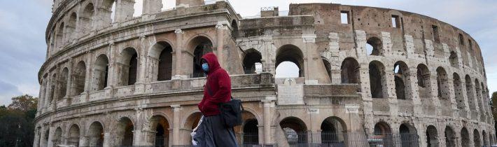 Taliansko plánuje spustiť od januára masívnu očkovaciu kampaň