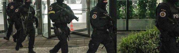 Elitní jednotka slovenské policie NAKA znovu zatýkala, obvinili dalšího policejního exprezidenta
