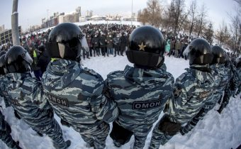 Rusko: Navaľného tím ohlásil ďalšie protesty, zadržali už vyše 2200 ľudí