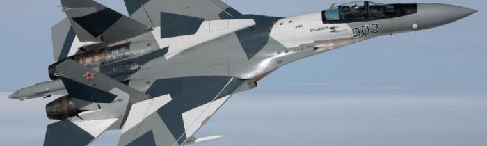 Kvôli hrozbám NATO začalo Rusko sťahovať do Kaliningradu bojové lietadlá a raketové systémy